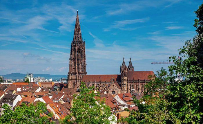 Freiburger Stadtrundgang - Führung im Münster in Freiburg